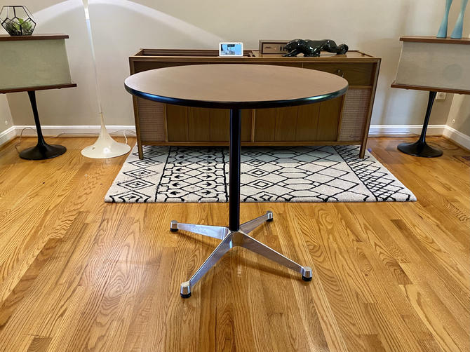 Vintage Herman Miller Contract Base Aluminum Group Small Table Midcentury Modern MCM by MSGEngineering
