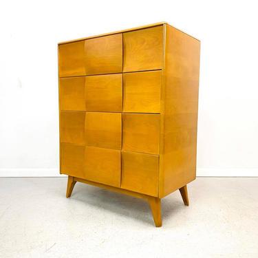 mid century modern Heywood Wakefield Kohinoor M142 dresser by designer Ernest Herrmann by AtomicJunkiesGallery