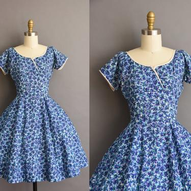 vintage 1950s Neiman Marcus blue floral full skirt cotton dress XS Small 50s vintage cotton floral print dress by simplicityisbliss