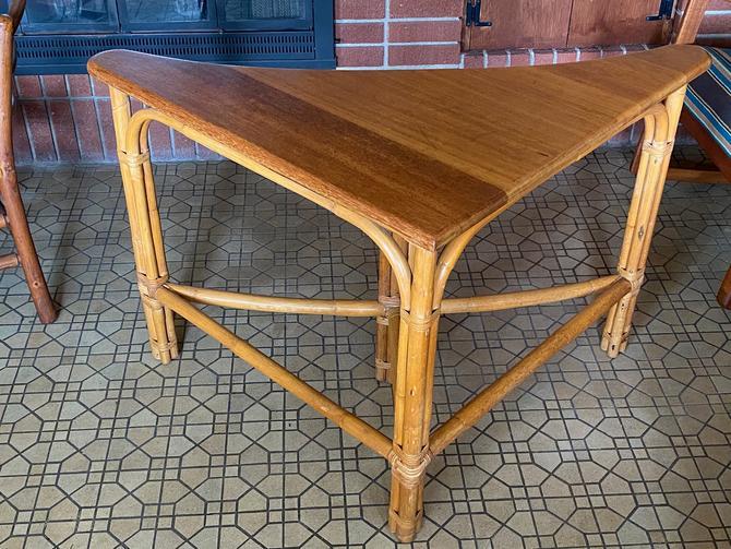 Vintage Calif Asia Bamboo Corner Table by Walkingtan