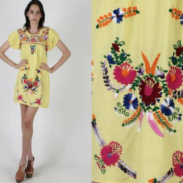 Vintage Yellow Mexican Dress / Frida Kahlo Halloween Costume Dress / Dia De Los Muertos / Day Of The Dead Festival Outfit by americanarchive