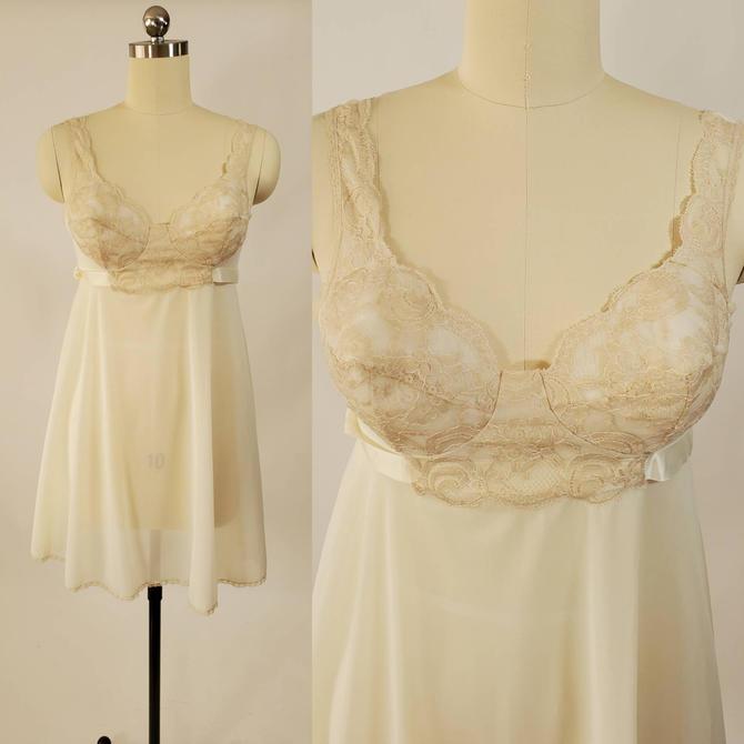 NOS 1960s Vassarette Babydoll Nightie With Molded Cups 60s Lingerie 60's Loungewear Women's Vintage Size Medium Vintage Deadstock by HeySailorNiceVintage