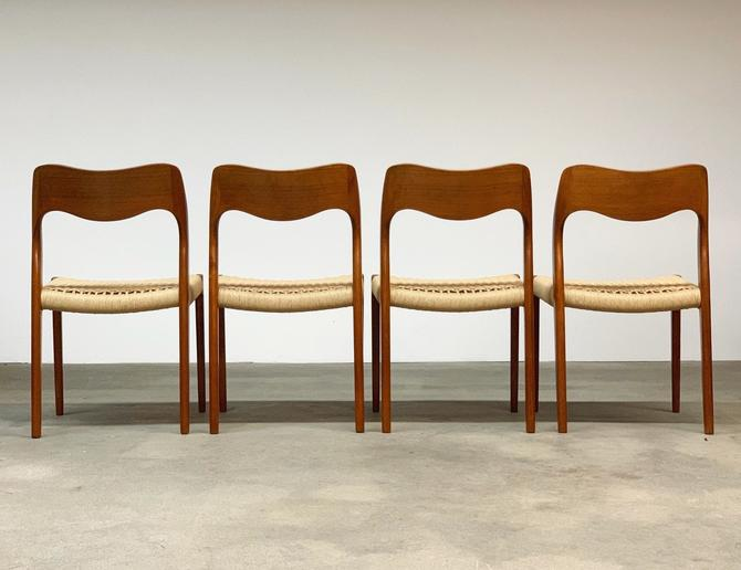 Møller Model 71 Set (4) Danish Dining Chairs by midcenTree
