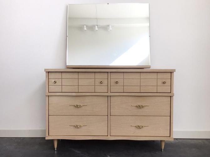 vintage mid century modern blonde lowboy dresser with mirror.
