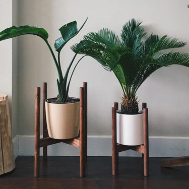 """8"""" Midcentury Plant Stand by BevelDownDesign"""