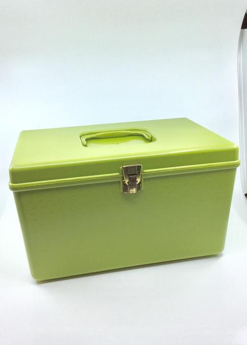Vintage Wilson Plastic Sewing Crafting Box Organizer w/ 2 Removable Trays Avacado Green Storage Caddy by AuntyEntitysVintage