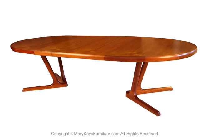 Mid Century Danish Modern Teak Extending Dining Table by Marykaysfurniture