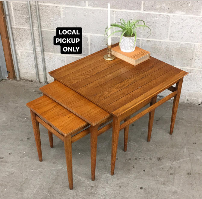 LOCAL PICKUP ONLY ———— Vintage Heritage Nesting Tables by RetrospectVintage215