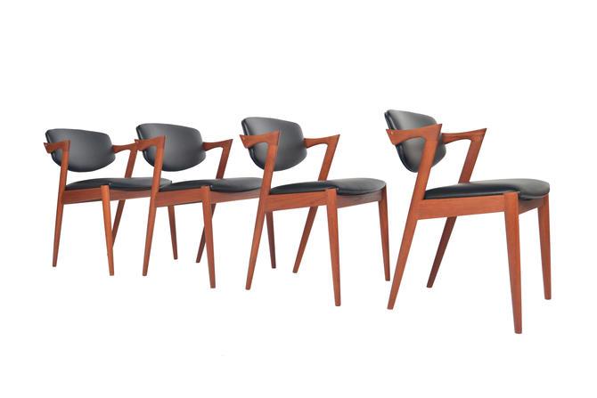 Set of Four Danish Mid Century Modern Kai Kristiansen Model 42 Teak Dining Chair by MidCenturyMobler