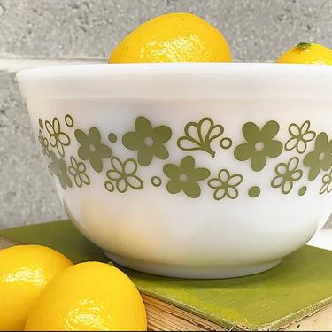Vintage Pyrex Bowl Retro 1970s Spring Blossom + #402 + Size 1.5 Quart + White and Green + Ceramic + Mixing or Nesting + Kitchen + Serving by RetrospectVintage215