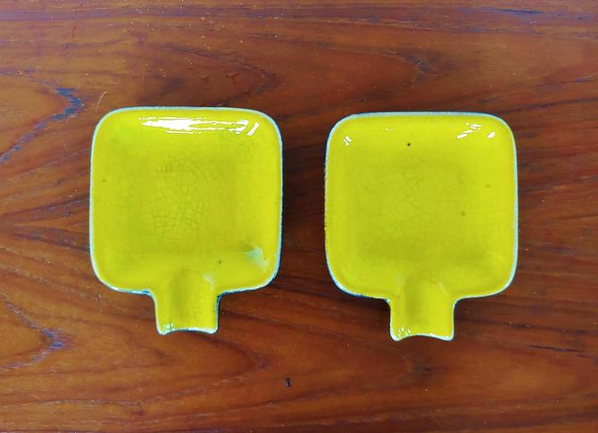 Vintage Yellow Glaze Ceramic Spoon Rest - Set of 2 by ModandOzzie
