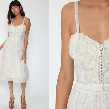 Gunne Sax Dress 70s Midi Prairie Calico FLORAL Bohemian Corset Lace Up White Wedding 1970s Boho Hippie Sun Tiered Sundress Vintage Small 6 by ShopExile
