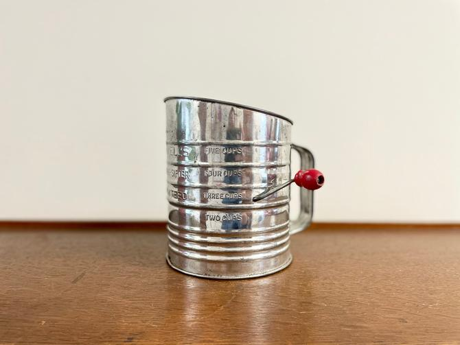 Vintage Bromwell's 5 Cup Aluminum Measuring Cup Sugar or Flour Sifter, Red Handle, Made in USA by BlackcurrantPreserve