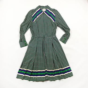 1960s / 1970s Donle Green and Purple Op Art Printed Shirt Dress / Long Sleeve / Printed Polyester / Stripes / Medium / Op Art / Tea Length by shoptrashdotnet