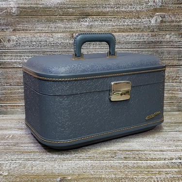 1960s Vintage Sky-Flite Train Case, Overnight Toiletries Travel Case, Blue Suitcase Vacation Carry On, Mid Century Modern, Vintage Luggage by AGoGoVintage