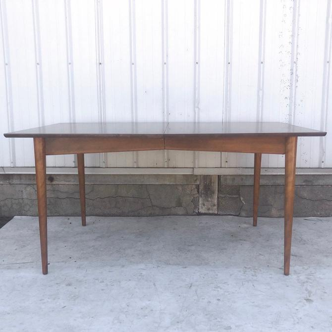 Mid-Century Modern Dining Table With Leaves by secondhandstory