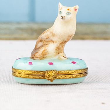 Vintage Limoges Regal Cat Trinket Box