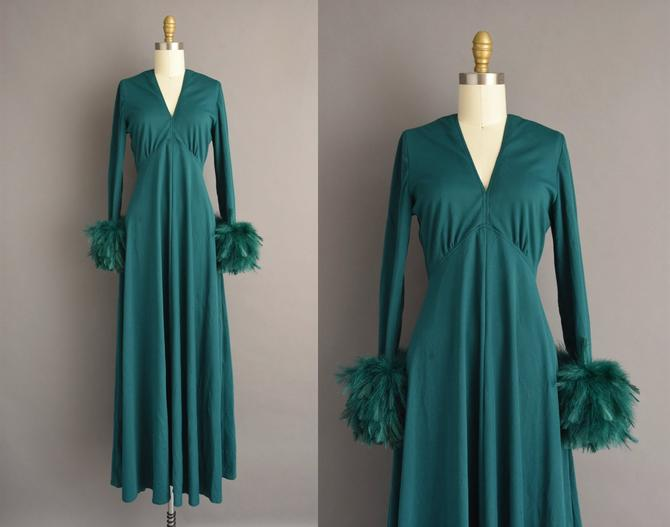 1970s vintage dress   Victor Costa Emerald Green Feather Cocktail Party Full Length Dress   Medium   70s dress by simplicityisbliss