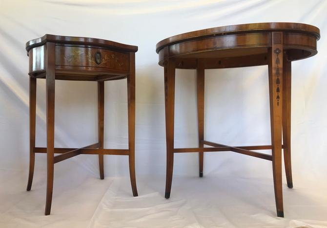 Vintage Imperial Grand Rapids Mahogany Table Pair by BigWhaleConsignment