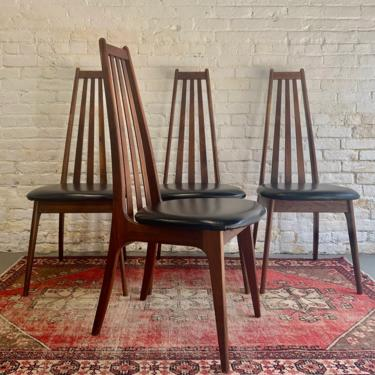 Mid Century MODERN Walnut Spindle Back DINING CHAIRS, Set of 4 by CIRCA60
