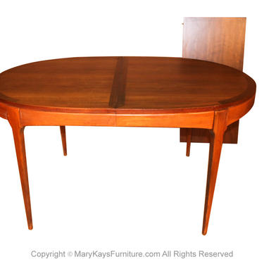 Lane First Edition Mid Century Expandable Dining Table by Marykaysfurniture