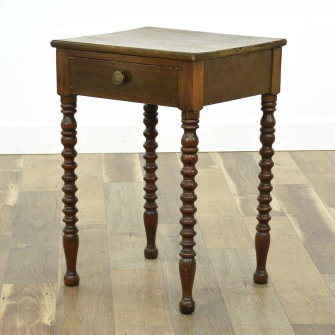 American Provincial Spindle Leg End Table