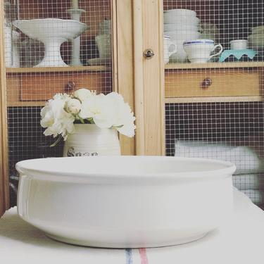 Huge beautiful antique ironstone  Dutch mixing bowl from a famous maker Societe Maestricht by Grainsacfrenchvintag