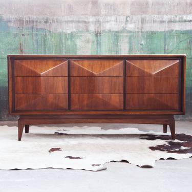 RARE, UNITED DIAMOND 9 drawer Credenza + Mirror Set, Walnut Mid Century Modern Minimalist Dresser McM 1960s Post Modern Brutalist Triple! by CatchMyDriftVintage