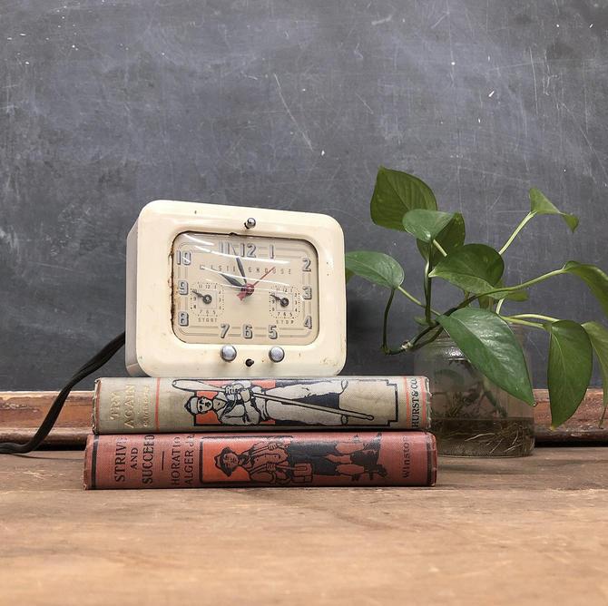 Vintage Westinghouse Clock Retro 1950s Electric Timer + Clock + Model TC-81 + White + Enameled Metal + 2 Dial + Mid Century Kitchen Decor by RetrospectVintage215