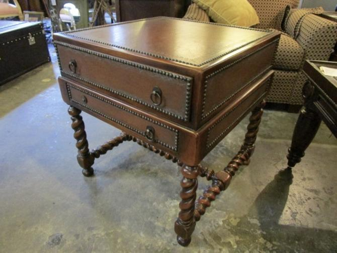 ENGLISH SIDE TABLE CHEST IN LEATHER AS IS