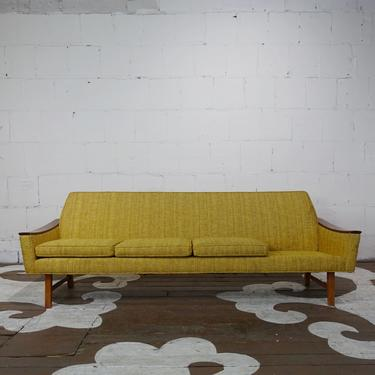West Nofa Sofa