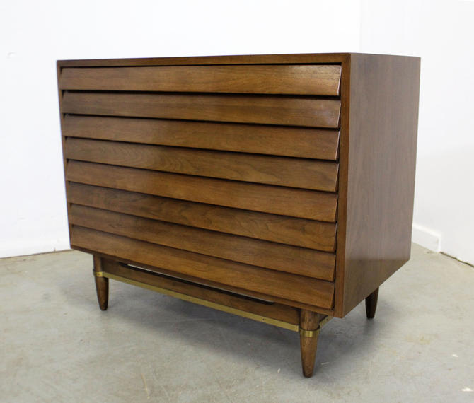 Mid-Century Modern American of Martinsville Merton L. Gershun Louvre Bachelor Chest by AnnexMarketplace