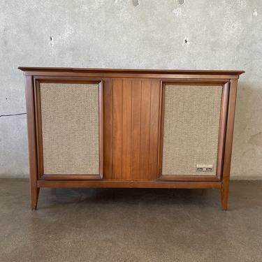 Mid Century Modern Stereo Console by Zenith