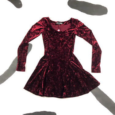 90s Betsey Johnson Red Crushed Velvet Long Sleeve Skater Dress / Large / Burgundy / Oxblood / Grunge / Babydoll / L / Fit and Flare / Scoop by badatpettingcats