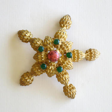 1960s goldtone and faux coral starfish brooch by flutterandecho