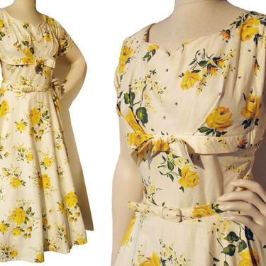 Vintage 50s Dress Yellow Rose Shelf Bust & Circle Skirt Volup XL by MetroRetroVintage