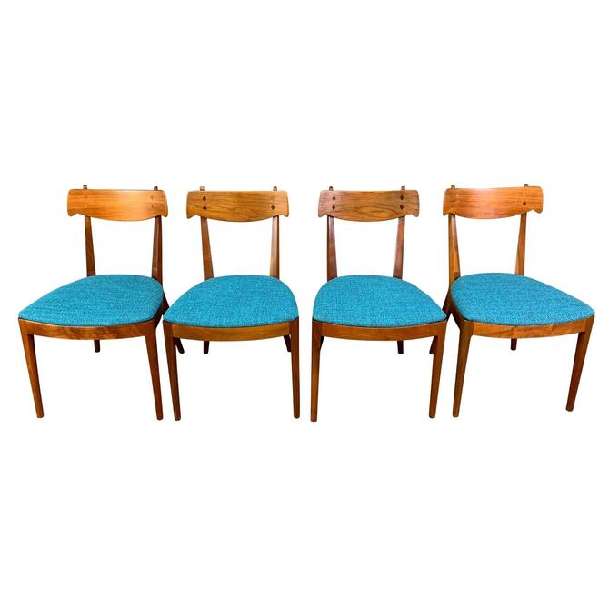 Vintage Mid Century Walnut Dining Chairs by Kipp Stewart for Drexel. Set of Four. by AymerickModern