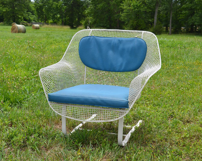 Vintage Russell Woodard Sculptura Metal Mesh Wrought Iron Springer Lounge Chair Mid Century Modern by HearthsideHome