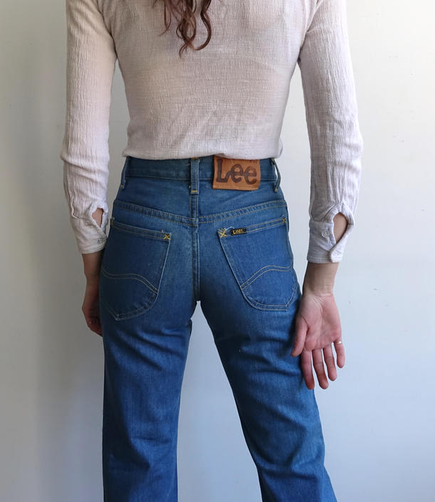Vintage 70s Lee Medium Wash Bootcut Jeans/1970s High Waisted Flared Denim/ Lee Riders Made in USA / Size XS 26 Slim by bottleofbread