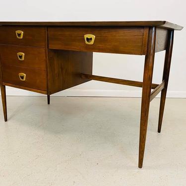 mid century modern walnut left sided desk by Bassett by AtomicJunkiesGallery