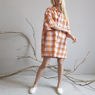 vintage 70s plaid orange & white oversized shirt dress by EELT