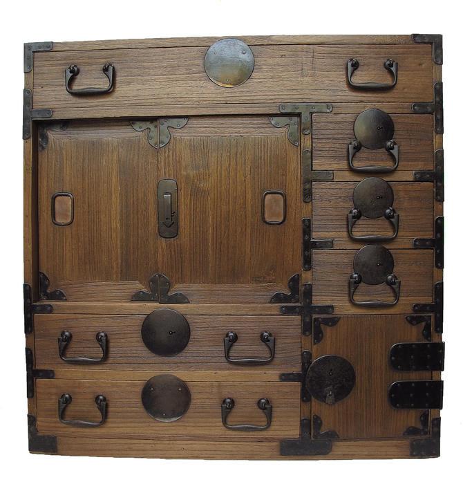 16D5 Choba Tansu (Awaiting restoration) w/Hidden Secret Box