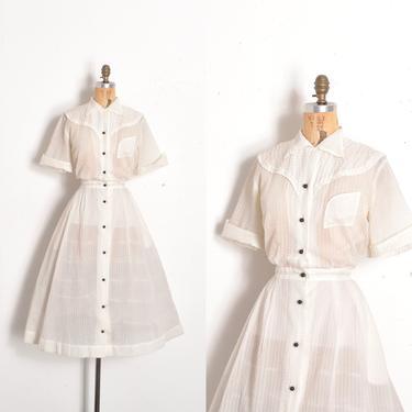 Vintage 1950s Dress / 50s Sheer Nylon Plissé Western Dress / White Black ( large L ) by lapoubellevintage