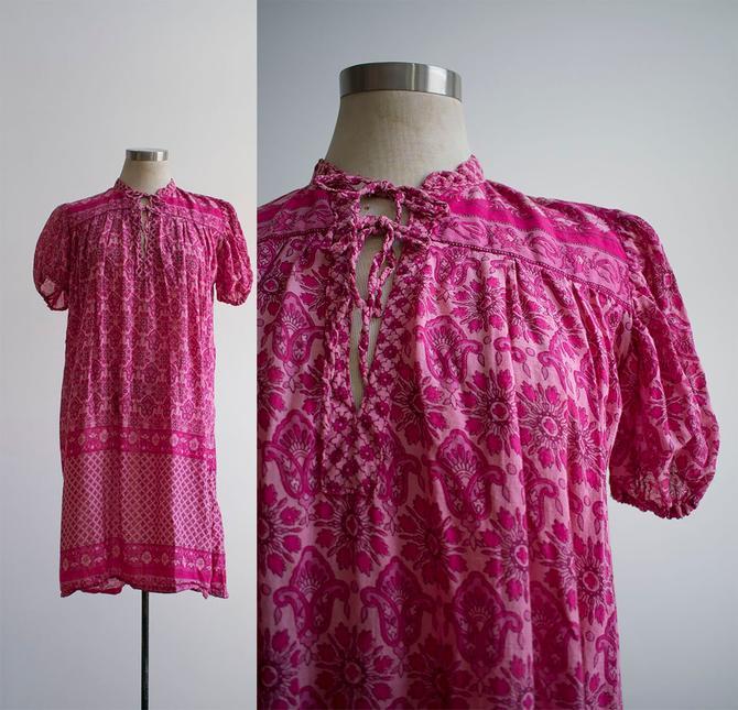 1970s Pink Cotton Indian Dress / Vintage 70s Gauzy Hippie Dress / Boho Indian Dress / Pink Cotton Boho Dress Medium / Cotton Tent Dress by milkandice