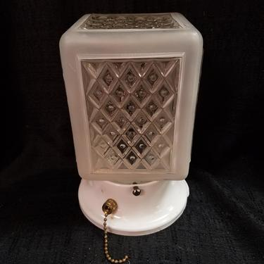 Vintage Semi Flush Light with Pull Chain H7 x W4 x D4