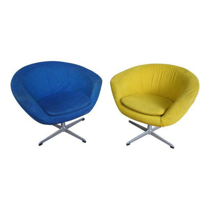 Overman Sweden Pod Chairs in Chartreuse and Cerulean Wool by MetronomeVintage