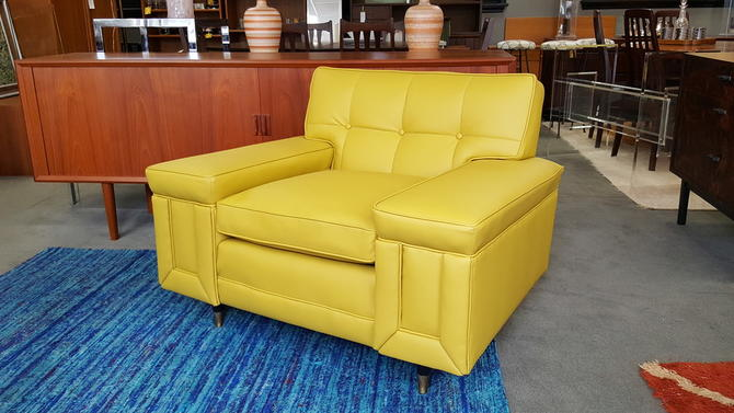Mid Century Modern Armchair By Kroehler Furniture With New Yellow