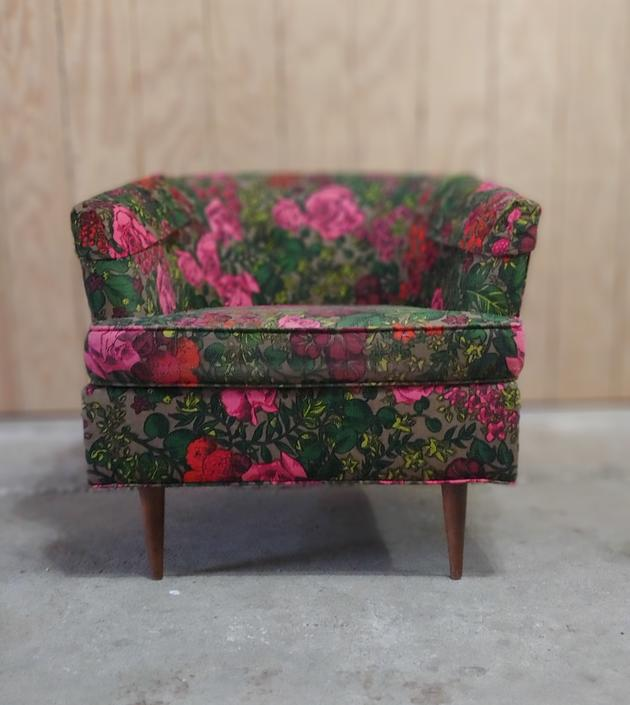 Mid Century Modern Floral Arm Chair by Prestige Furniture Corp c. 1960's by ModandOzzie