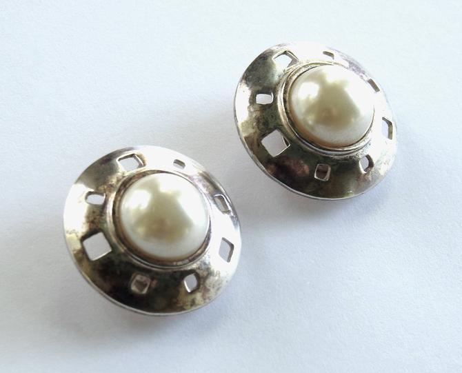 Karl Lagerfeld Modernist Silver and Faux Pearl Earrings by LegendaryBeast