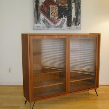 Danish Modern Teak Bookcase or Display Case / Credenza from Hundevad of Denmark, Eames Mid-Century MCM Scandinavia by RetroSquad